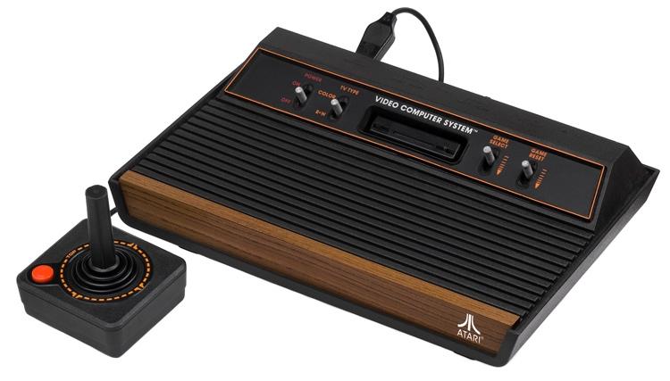 Atari 2600, дебютировавшая РІ 1977 РіРѕРґСѓ, Р±С‹РР° продана тиражом РІ 40 РјРРЅ экземпРСЏСЂРѕРІ