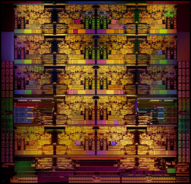 Кристалл HCC: 18 ядер, площадь 484 мм2