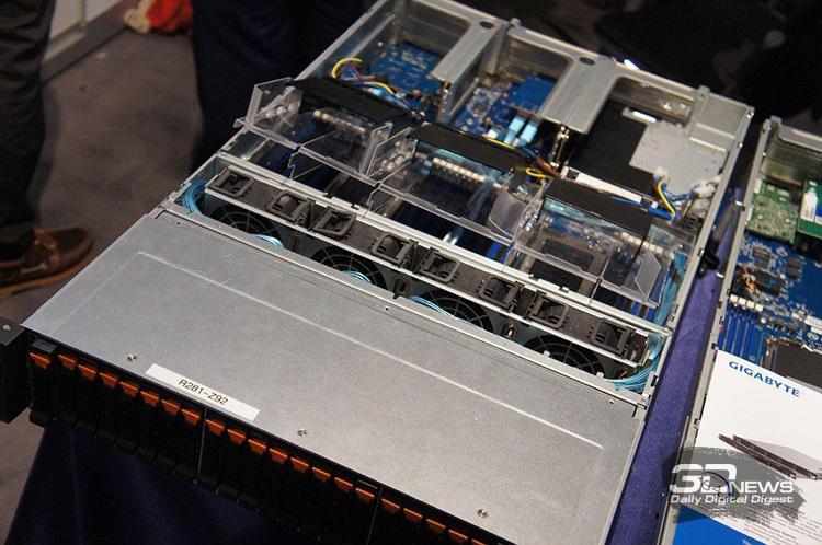Прототип сервера Gigabyte на базе EPYC (ISC 2017)