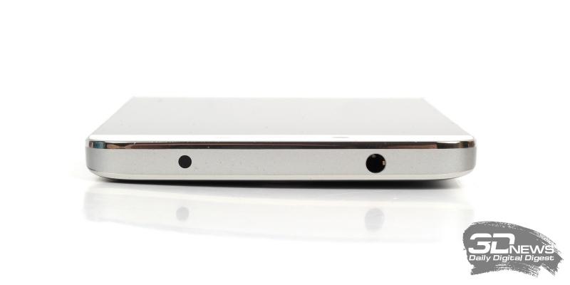 LeRee Le 3, верхняя грань: ИК-порт и 3,5-мм миниджек для гарнитуры/наушников