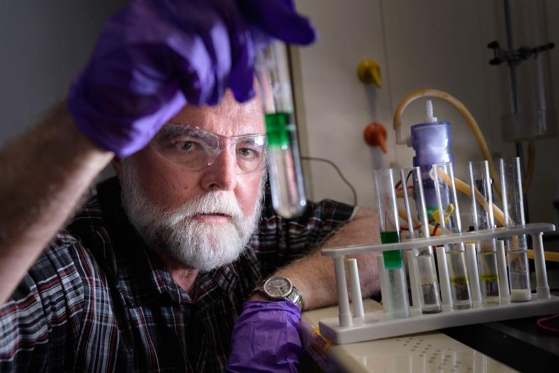 Джон Кушман профессор математики Университета Пердью