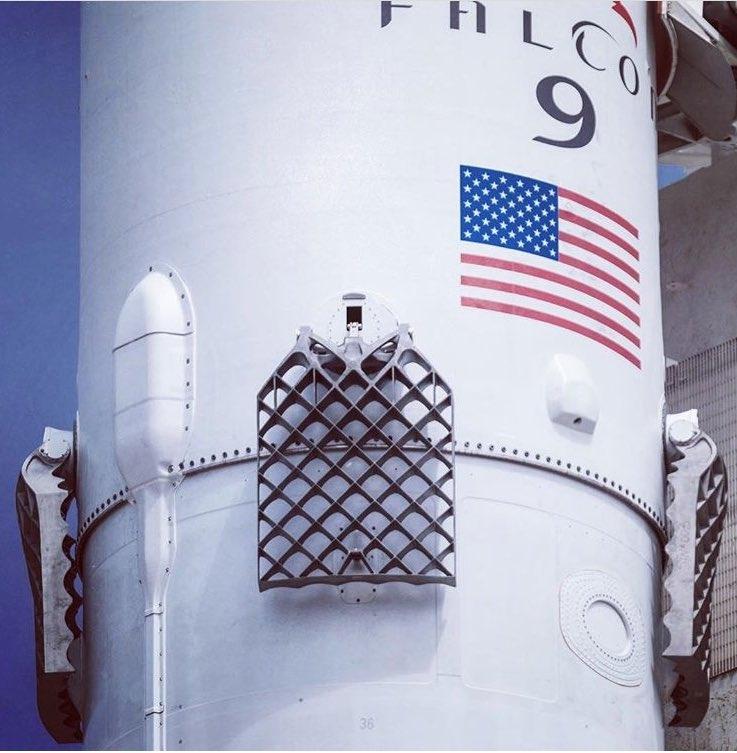 SpaceX произвела успешный запуск и посадку двух ракет Falcon 9 в течение 48 часов