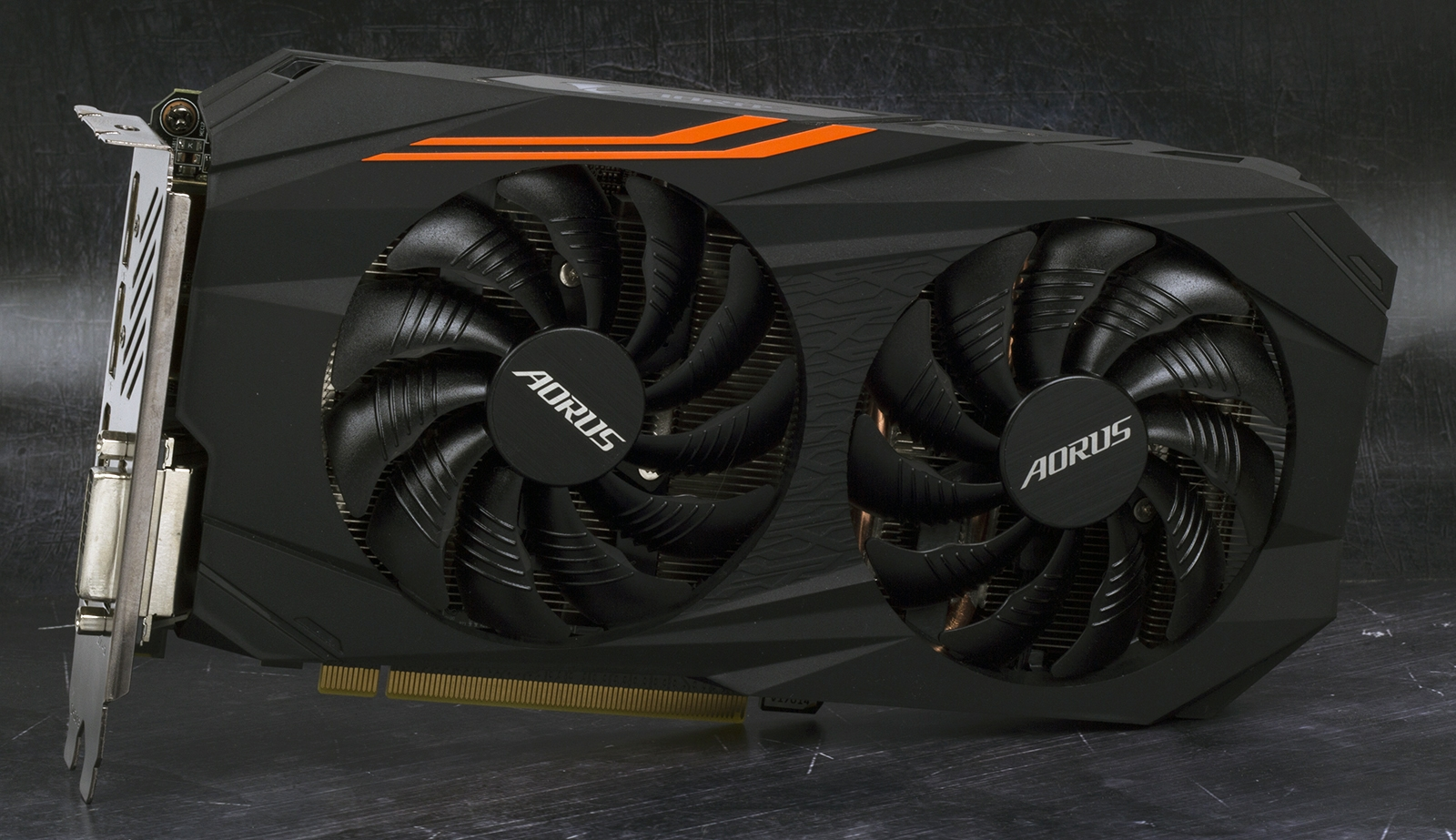 Обзор видеокарты GIGABYTE AORUS Radeon RX 570 4G