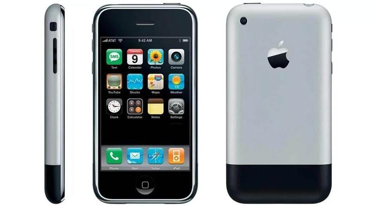 Apple iPhone: 10-летие с начала продаж и первый рекламный ролик