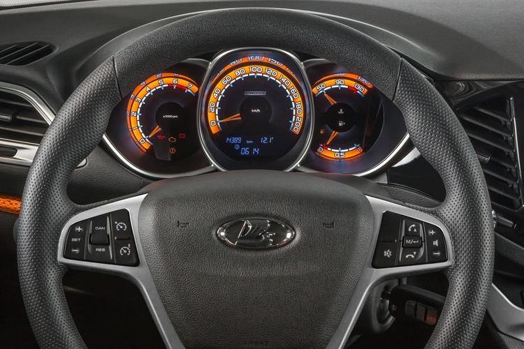 Волжский автомобильный завод раскрыл дату начала продаж Лада VestaSW иSW Cross
