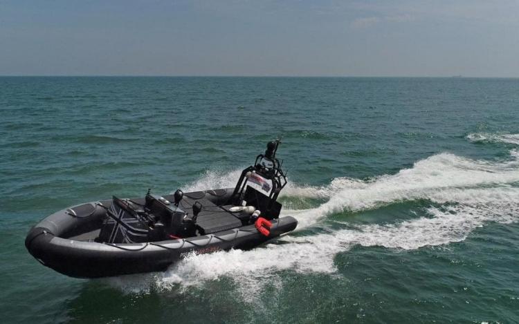 В Великобритании проведут масштабные испытания автономных кораблей, дронов и подводных лодок