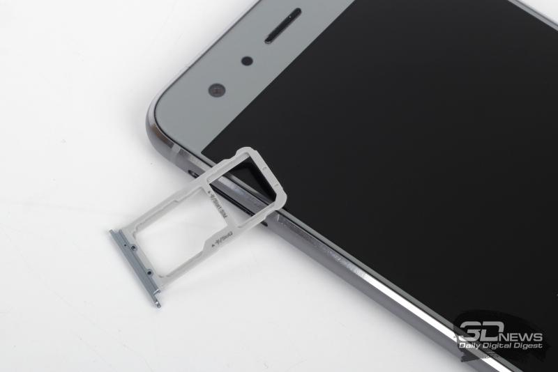 Honor 9, слот для SIM-карт и карты памяти