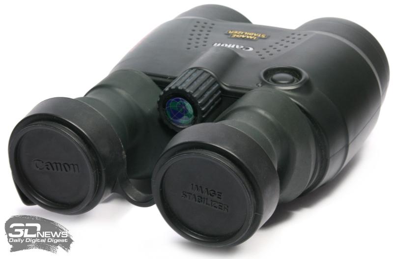 Бинокль Canon 18x50 IS AW с закрытыми крышками окуляров