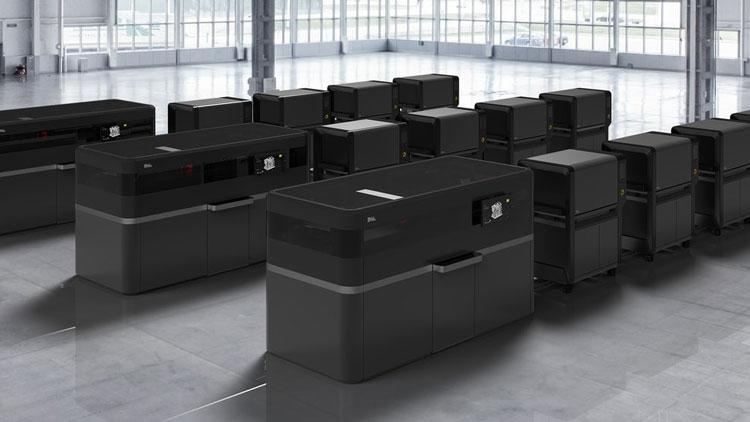 Промышленные принтеры Desktop Metal Production System и по четыре печи к каждому (Desktop Metal)