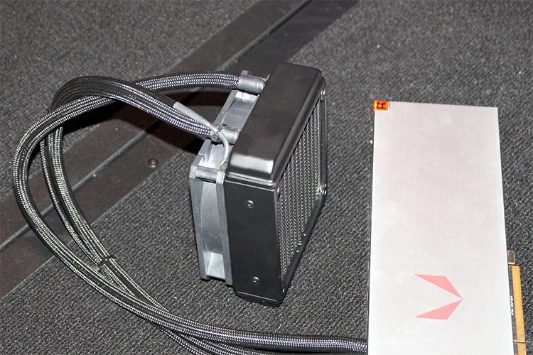 Radeon RX Vega c жидкостным охлаждением
