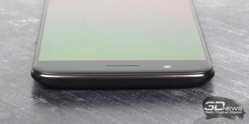 OnePlus 5, верхняя грань свободна от функциональных элементов
