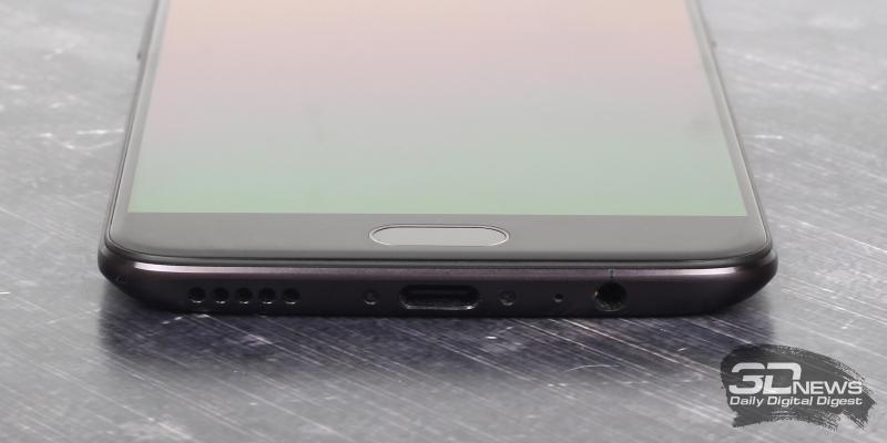 OnePlus 5, нижняя грань: основной динамик, порт USB Type-C, разговорный микрофон и мини-джек для гарнитуры/наушников