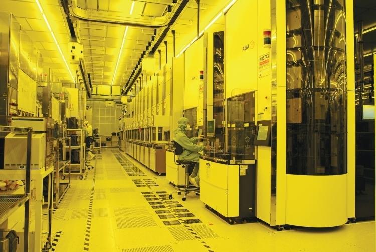 Внутри производственного комплекса TSMC Fab 15