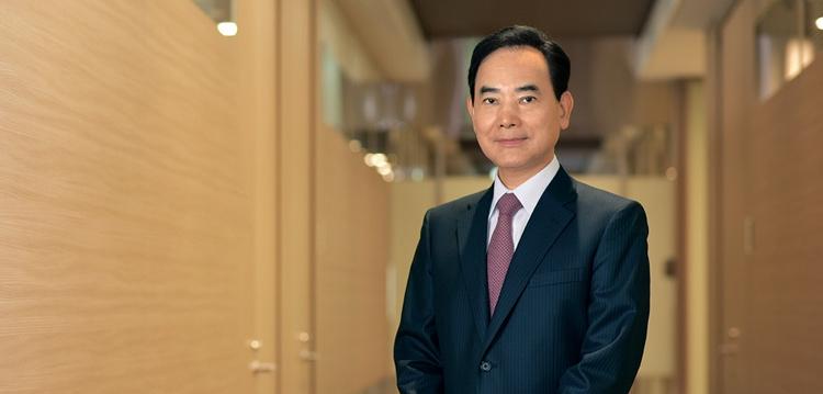 Президент Nikon Кадзуо Юсида (Kazuo Ushida)