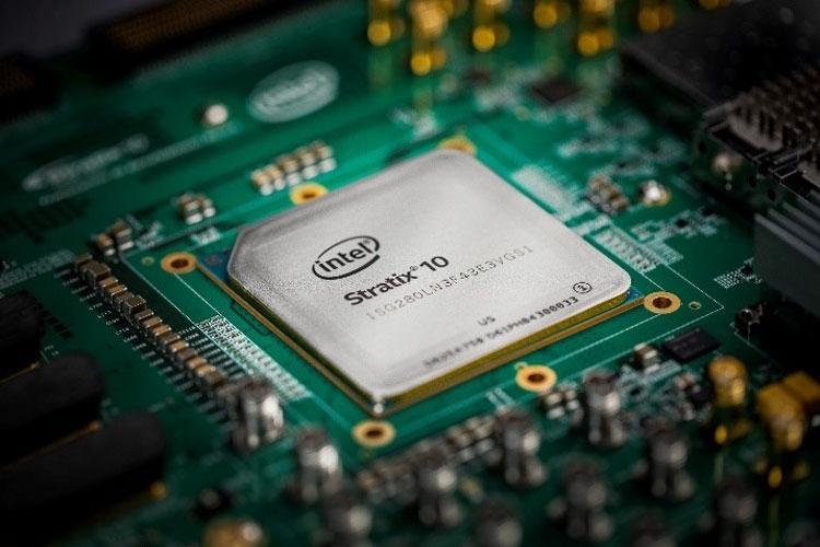 Матрица FPGA Intel Stratix 10