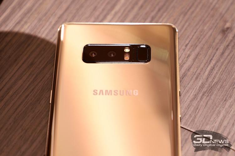 Galaxy Note8 стал первым смартфоном Samsung с двойной тыльной камерой