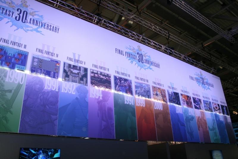 На выставке можно было сыграть практически во все номерные выпуски Final Fantasy в честь 30-летия серии