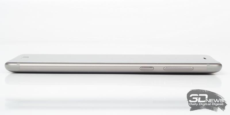Nokia 8, правая грань: клавиши включения и регулировки громкости