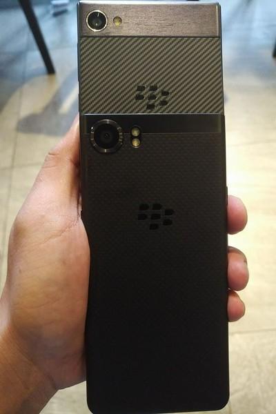 bb2 - Смартфон BlackBerry Krypton замечен на изображениях