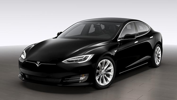 Tesla прекратит продажи электромобиля Model S начального уровня