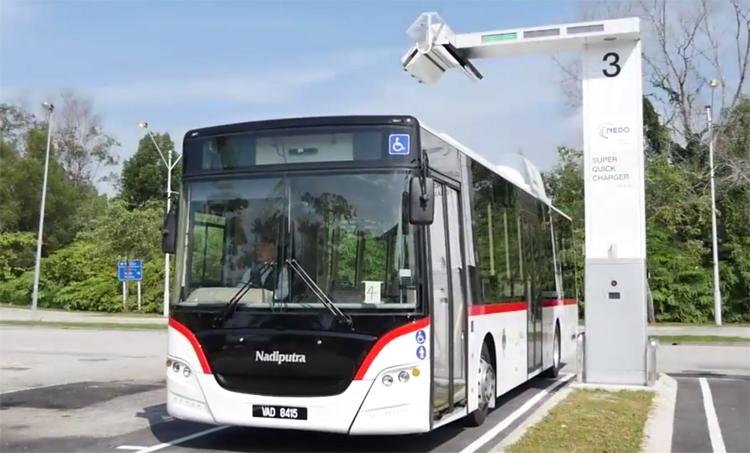 Новый электробус преодолевает 30 км после 10-минутной зарядки