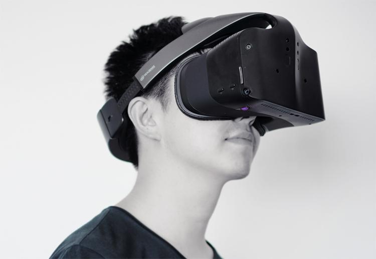 """Intel, похоже, отказывается от проекта шлема объединённой реальности Project Alloy"""""""