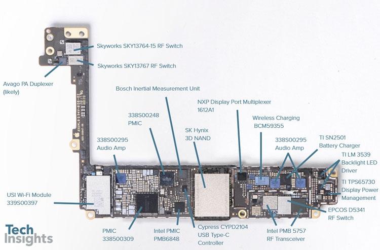 Одна сторона основной платы iPhone 8 Plus