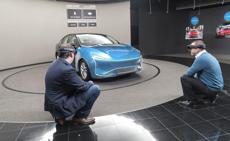 """Очки Microsoft HoloLens помогут Ford в создании автомобилей"""""""