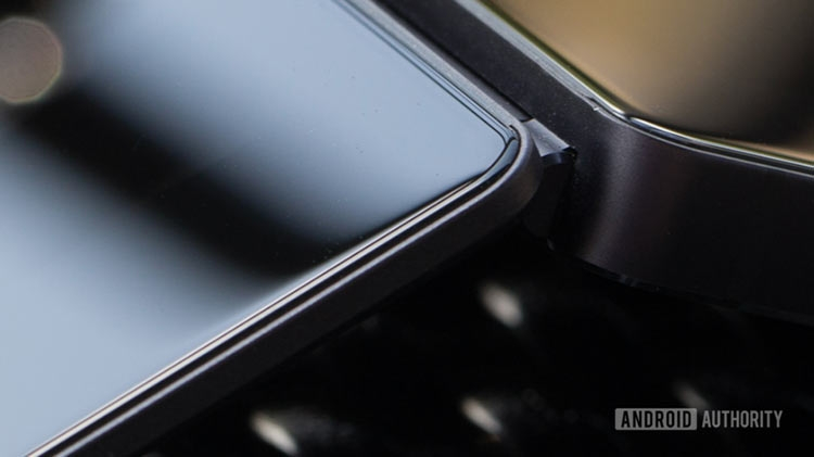 6nrwlkcj - ZTE Axon M может стать настоящим складным смартфоном