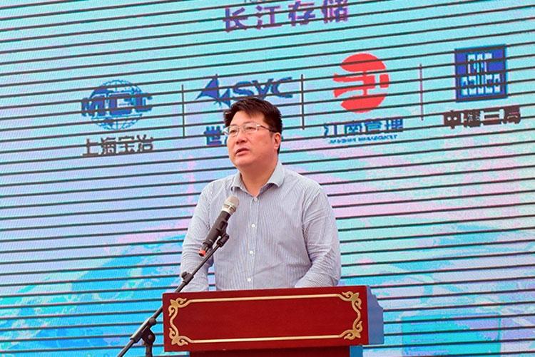 Президент компании Tsinghua Unigroup Жао Вейгуо сравнил собственное производсво памяти с вводом в строй первого авианосца в Китае