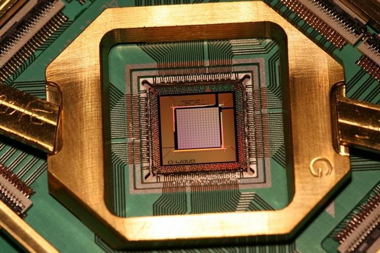 Так выглядел якобы 2048-кубитный процессор D-Wave