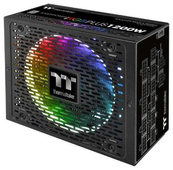 Одна из особенностей представителей серии Toughpower iRGB Plus Platinum — отсоединяемые кабели