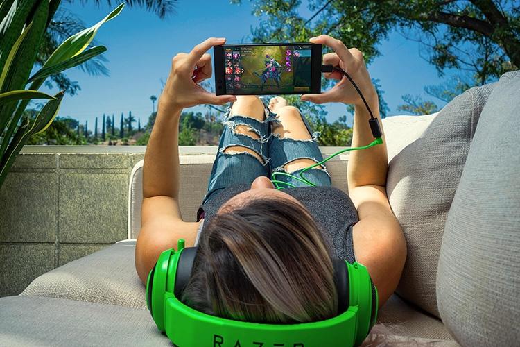 """Razer Phone: игра по-крупному"""""""