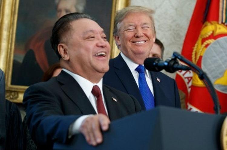 Очень радостное событие (Evan Vucci/Associated Press)