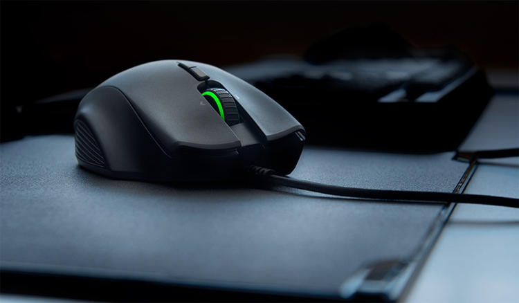 """Мышь Razer Naga Trinity получила три сменные панели с разным набором кнопок"""""""