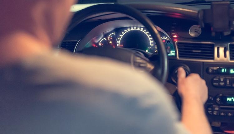 Проверить автомобиль по вину бесплатно