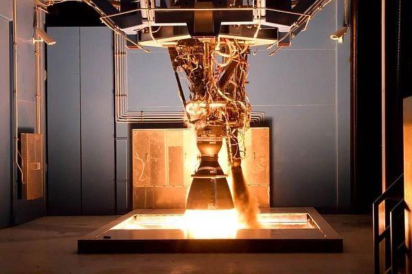 Во время испытаний взорвался двигатель для ракет SpaceX