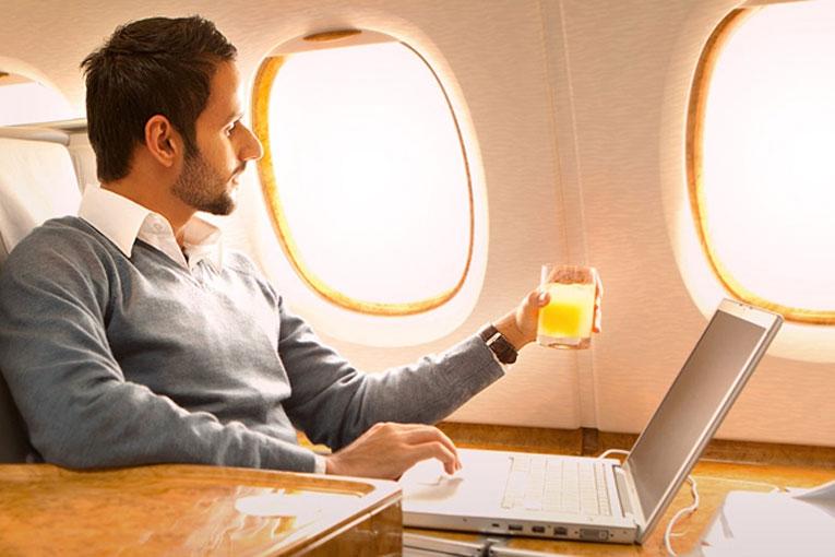 На самолётах Emirates появится Wi-Fi со скоростью до 50 Мбит/с