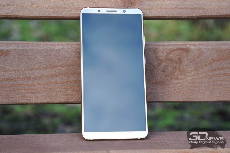 Huawei Mate 10 Pro, лицевая панель: над дисплеем – разговорный динамик, датчик освещенности, индикатор состояния и фронтальная камера