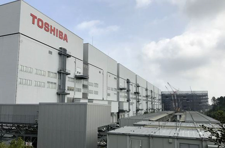 Завод Fab 6 Toshiba