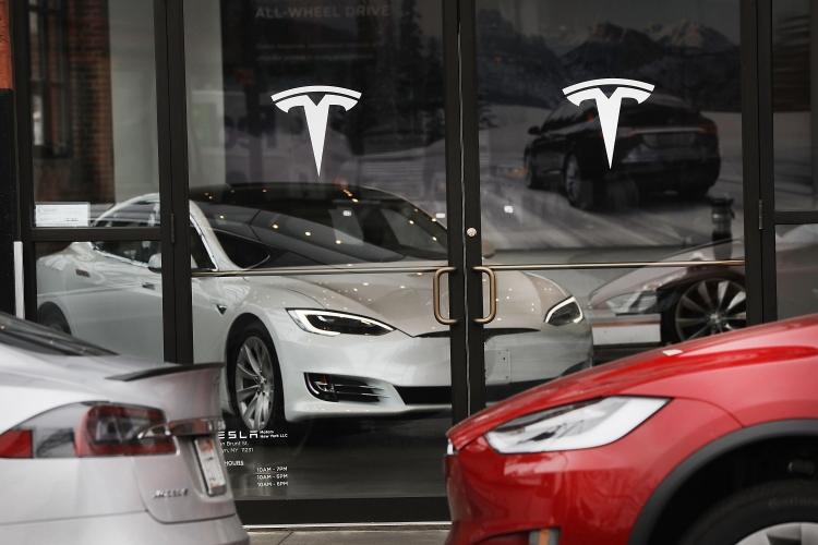 """Почти все электромобили Tesla сходят с конвейеров дефектными"""""""