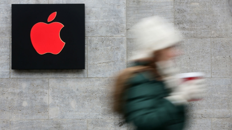 Adam Berry/Getty Images for Apple