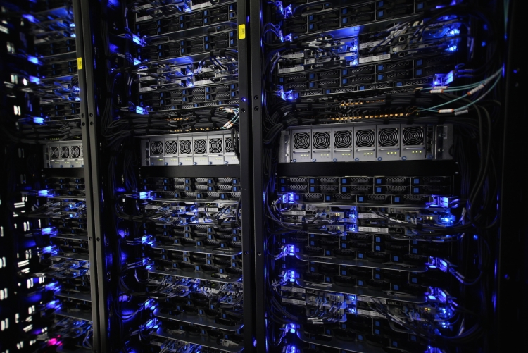 Серверы в центре данных Rackspace