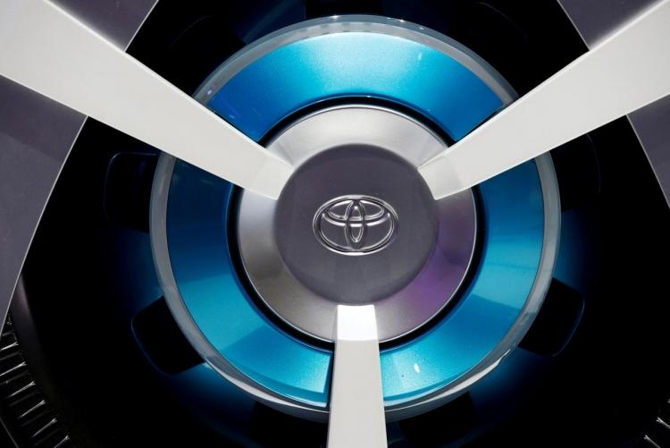 """Toyota наметила продажи 10 моделей электромобилей в начале 2020-х годов"""""""