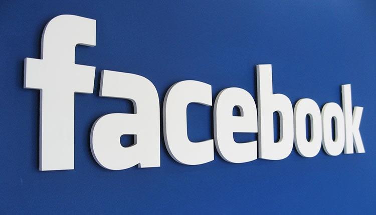 """Facebook отвечает на сложные вопросы: вредны ли социальные сети?"""""""