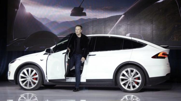 Tesla становится самым популярным автопроизводителем в Норвегии