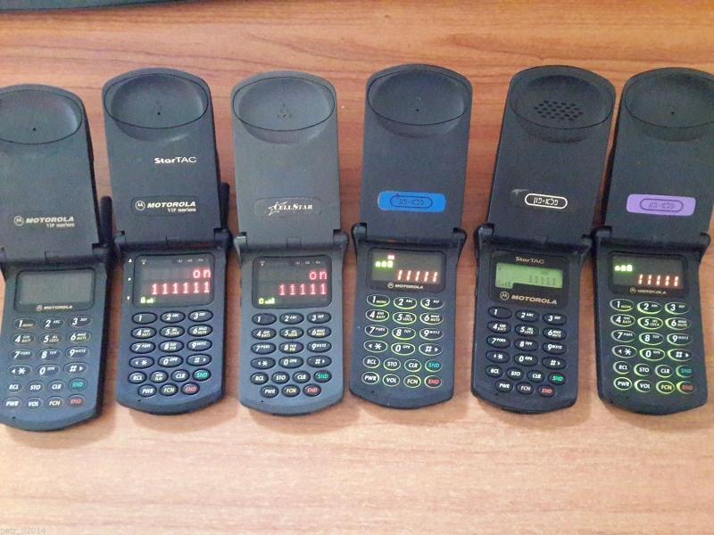 Линейка телефонов Motorola StarTAC под D-AMPS