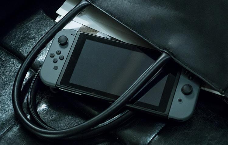 """Nintendo задерживает 64-Гбайт картриджи для Switch"""""""