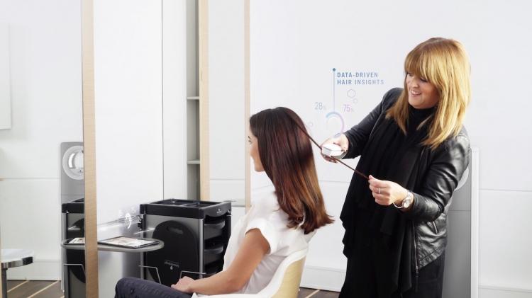 """CES 2018: смарт-система Schwarzkopf SalonLab займётся анализом состояния ваших волос"""""""