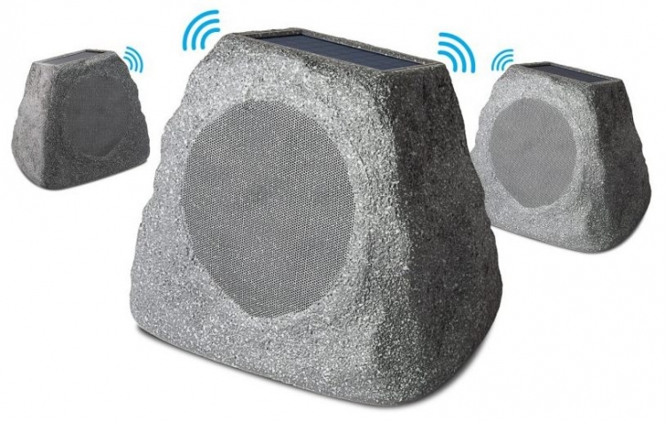 """CES 2018: садовая «колонка-фонарь» Tiki Sounds и «динамик-камень» Solar Stone Multi"""""""
